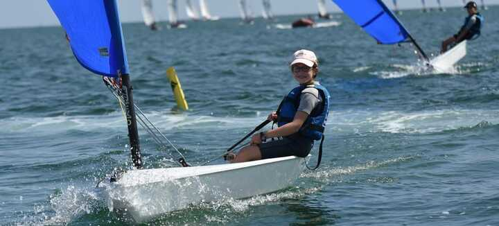 Societe Nautique De La Trinite Sur Mer Ecole De Voile A La Trinite Sur Mer Sports Nautiques Baie De Quiberon