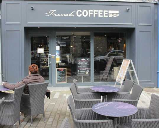 french-coffee-shop-auray